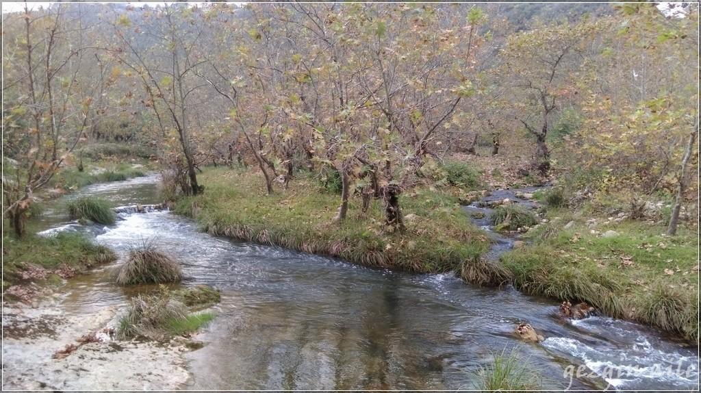 Hacıllı Köyü ve Hacıllı Şelalesi